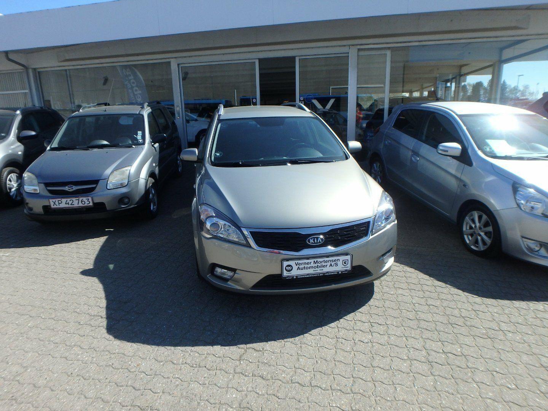 Kia Ceed 1,6 CVVT Limited SW 5d - 99.780 kr.