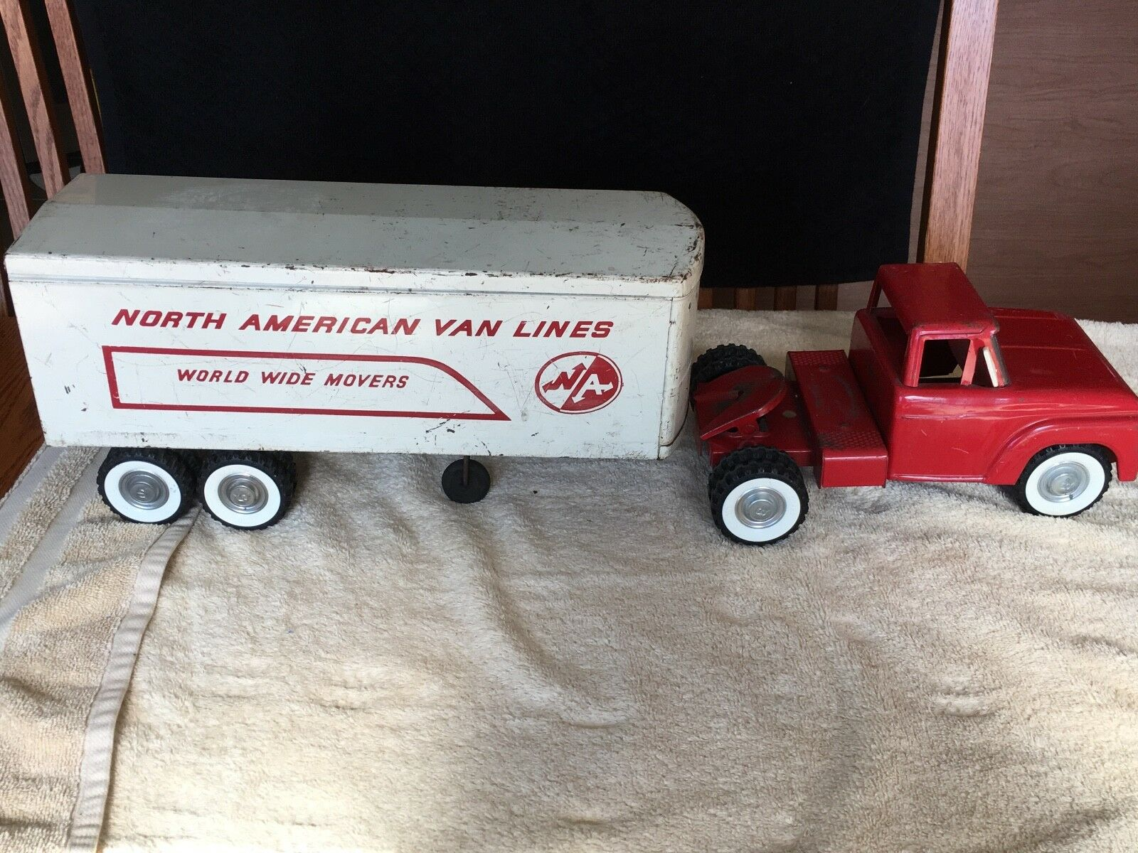 Structo Moving Van - North American Van Lines - World Wide Movers - Red & White.