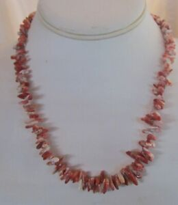 Graduated-Spiny-Oyster-Shell-Spines-in-a-18-1-4-034-Necklace