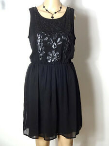 BERSHKA-Kleid-Gr-40-42-schwarz-Chiffon-Party-Kleid-Applikationen-Perlen