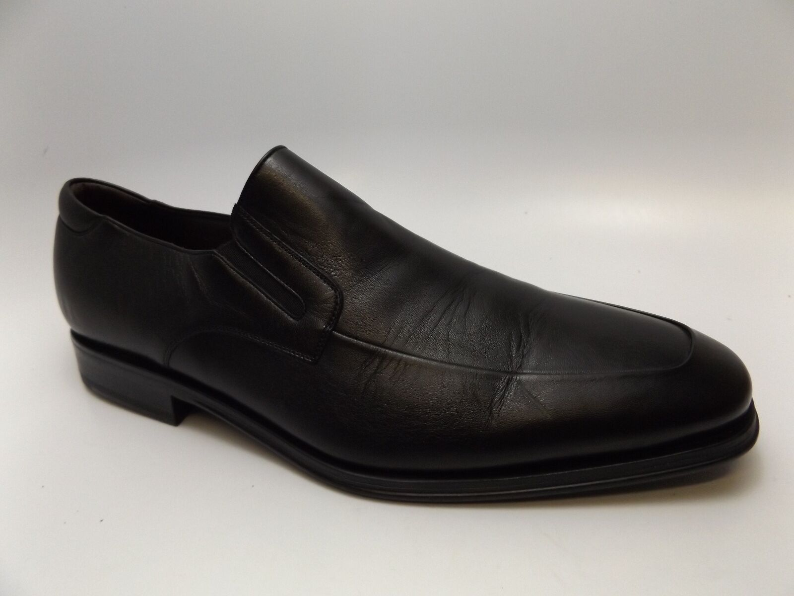 MAGNANNI   SZ Herren BLACK LEATHER SLIP-ON/Schuhe SZ  10.5 M PRE OWNED - D4156 a0f138