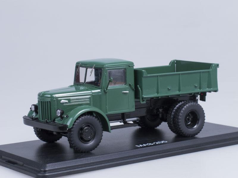 MAZ 205 green SSM 1128 1 43