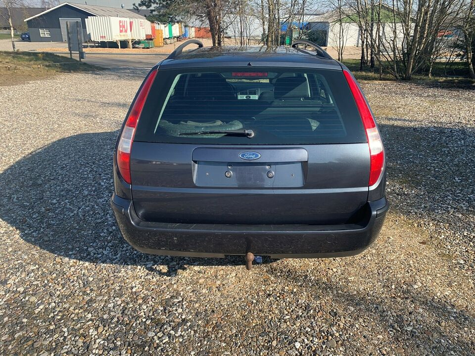 Ford Mondeo, 2,0 145 Ambiente stc., Benzin
