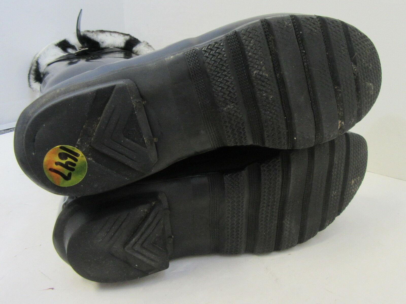 HUNTER Black Tall Rain Boots w/ Fleece Zebra Sock… - image 7