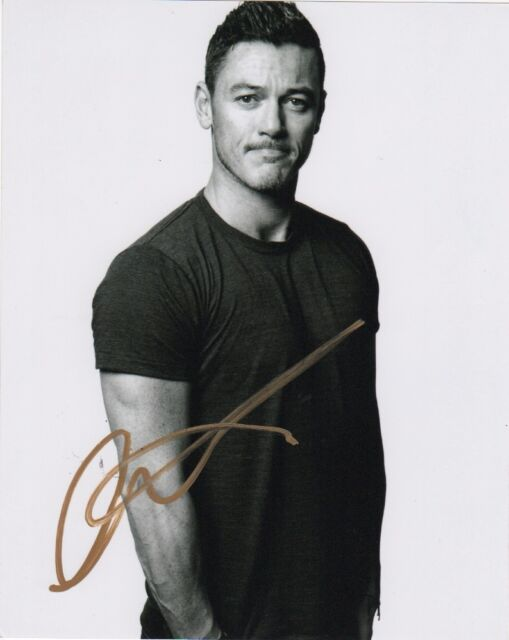 Luke Evans Autographed Signed 8x10 Photo COA B
