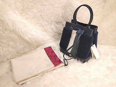 NEW TORY BURCH Shearling Mini Bucket Bag Pebbled Leather TORY NAVY 32159561 $525