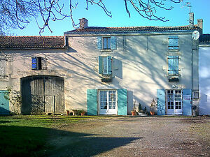 Farmhouse-Charente-Maritime-France-Land-Barns-Orchard-3-485-sq-m-OFFERS