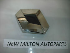 A GENUINE RENAULT SCENIC 2 MK2 2003-06  BOOT TAILGATE TRUNK BADGE