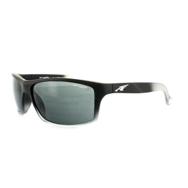 eb763d492e Arnette Sunglasses 4207 Boiler 225387 Fuzzy Black Translucent Grey Grey