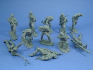 CTS-WWII-German-Infantry-Heavy-Weapons-Assault-11-Plastic-Toy-Soldiers-FREE-SHIP