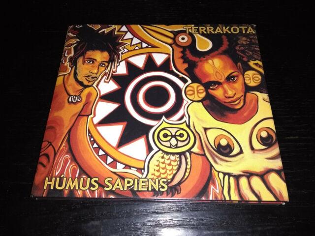 Humus Sapiens von Terrakota (2004)