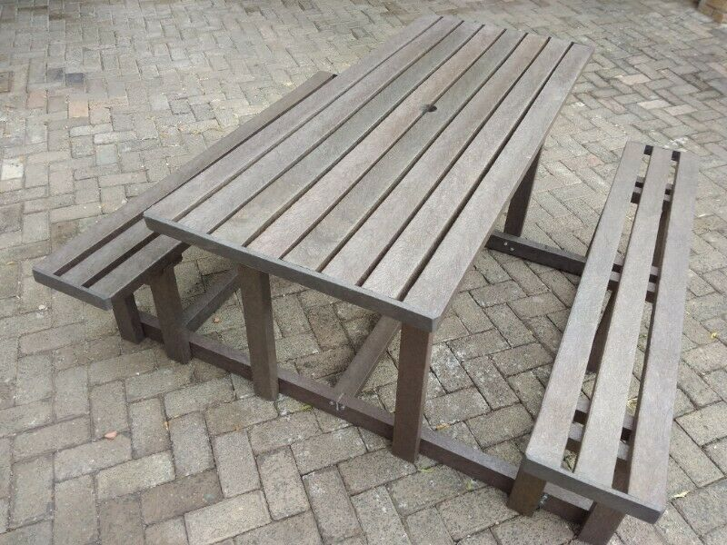 6 Seater Picnic table