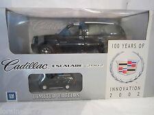 1:18 - Anson-Cadillac Escalade 2002 + Bonus Modelo En Caja
