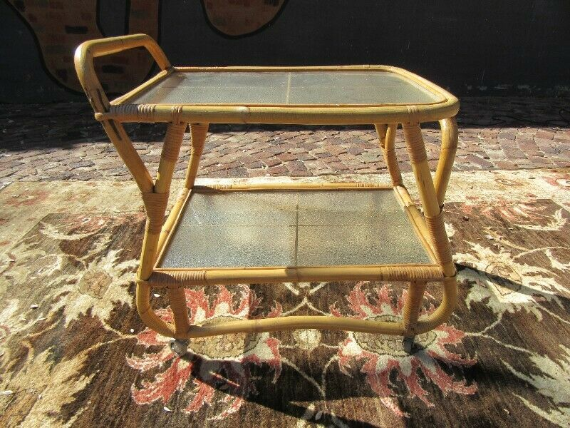 Stunning Mid-Century Drinks Trolley with original frosted glass in good condition