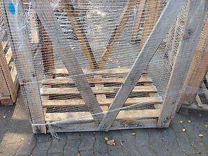 Einwegbox-aus-Holz-gebraucht-1-20-m-x-0-80-m-x-1-20-m-L-x-B-x-H