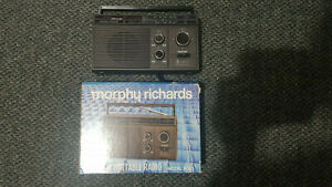 VINTAGE MORPHY RICHARDS 3 BAND PORTABLE RADIO R 150 SUPERB CONDITION IN BOX