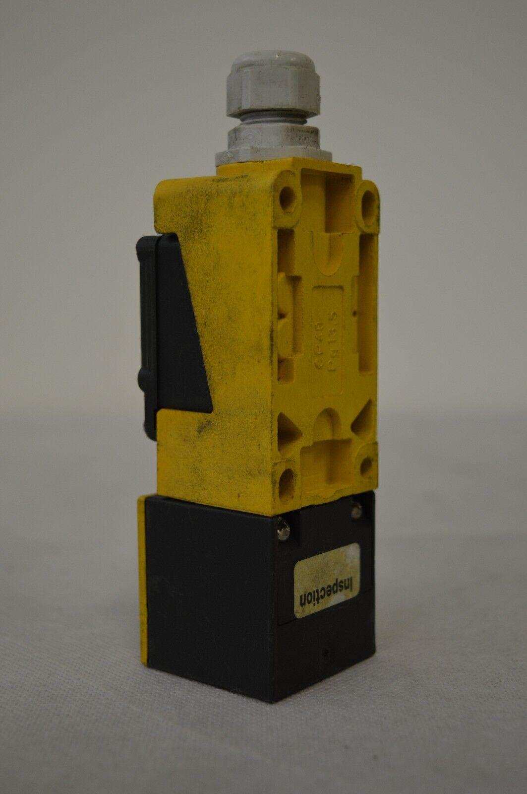 Turck Bi15-CP40-AP6X2  induktiver Sensor                               266//19