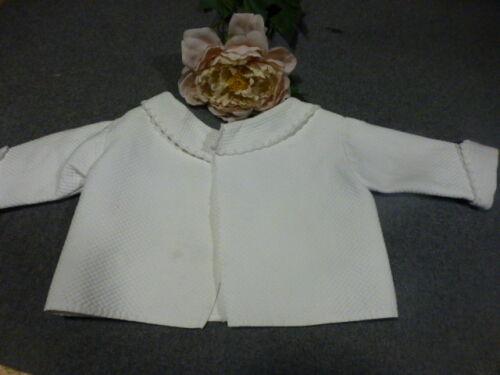 ancienne belle brassiére blanche piqué fantaisie ,festons ,brodés main ,bébé