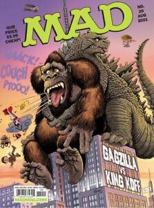 MAD MAGAZINE #20 August 2021 Smack down salute to Godzilla and King Kong! (b)