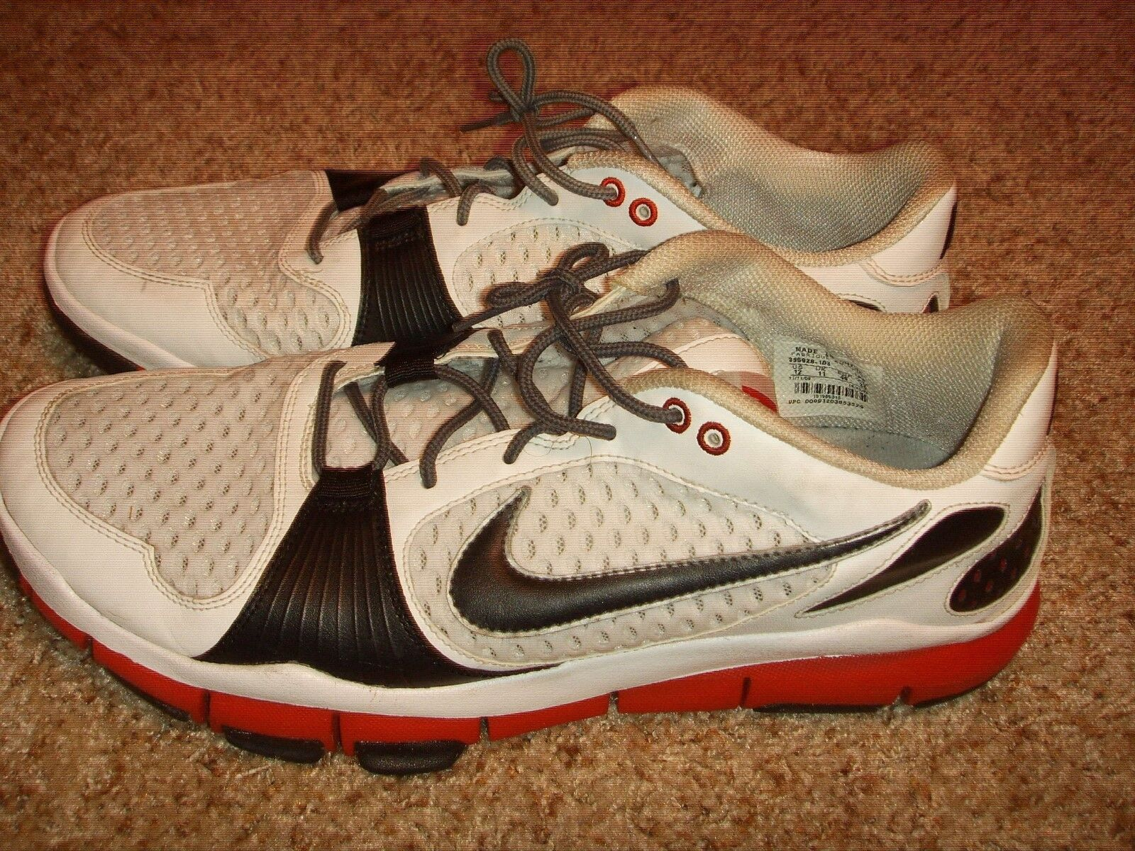 on sale 86f99 11e2d Nike Free TR rojo rojo rojo blanco negro zapatos de entrenamiento 395928  103 Hombre cómodo gran