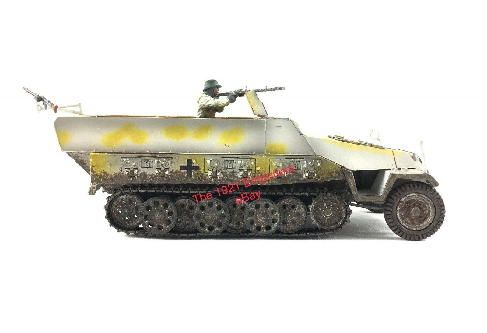 1 32 Diecast Unimax Toys Forces of valor alemán Hanomag Sdkfz 251 Latas