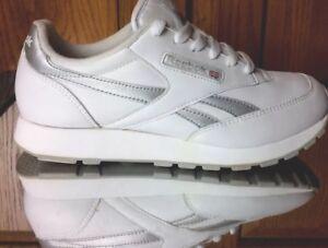 Image is loading Reebok-Classic-Leather-White-Gray-Women-Unisex-Running- d8de9a2c63