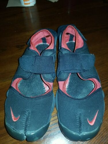 Original Nike Air Rift Trainers in Red and Black s