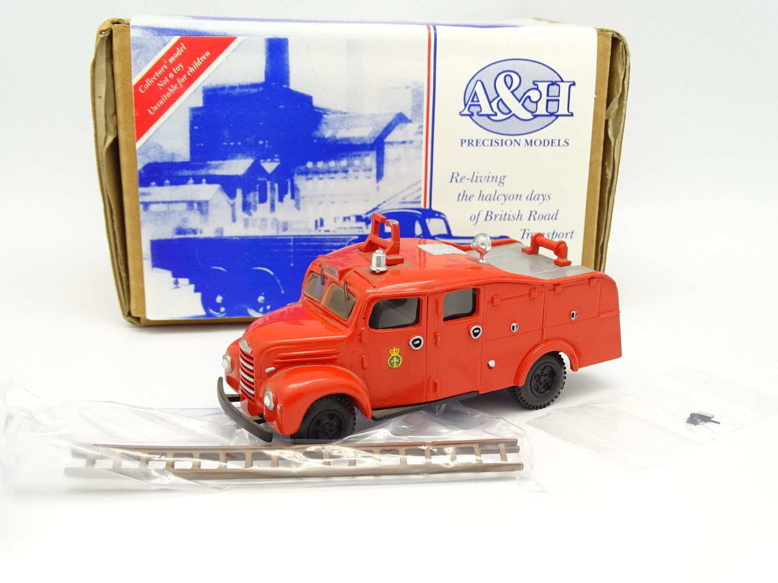 A & H Precision 1 43 - Ford Fordson Firefly Fire Truck Firefighters