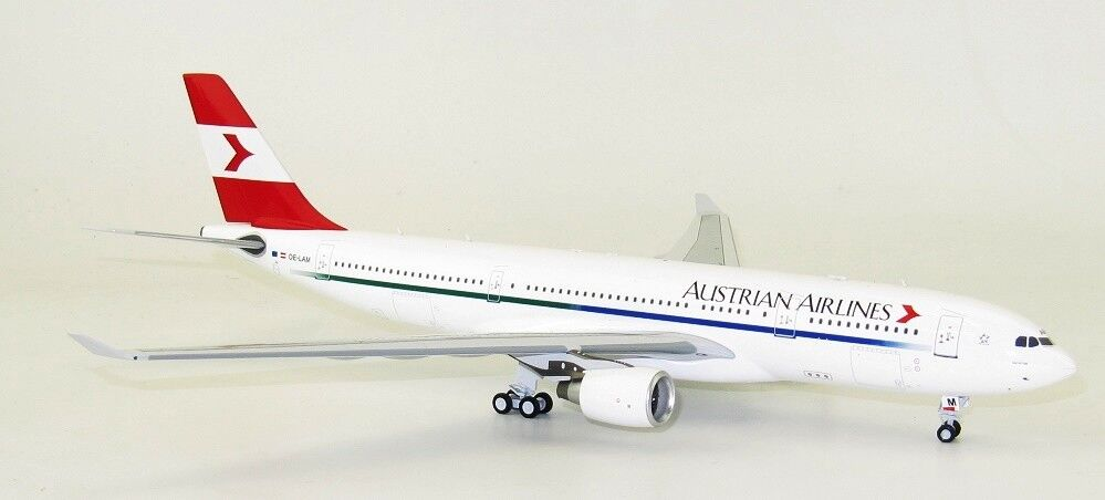 INFLIGHT 200 IF3320217 1/200 AUSTRIAN AIRLINES AIRBUS A330-200 OE-Lam con supporto