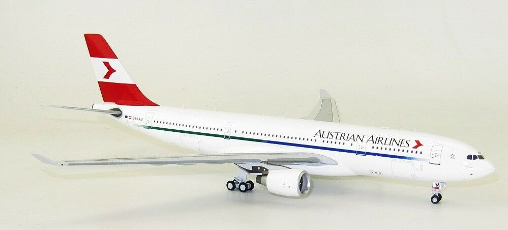 Inflight 200 If3320217 1 200 Austrian Airlines Airlines Airlines Airbus A330-200 Oe-Lam avec Pied 3c214f