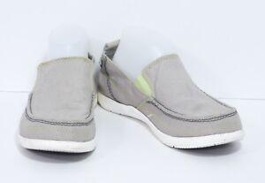 8354310a95269 Crocs marca Blanco y Gris claro Mocasines de Lona Walu Hombre ...