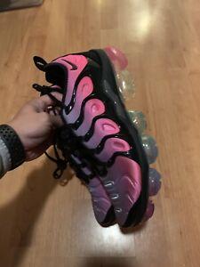 best loved c158d 28c24 Details about Nike Vapormax Plus Be True AR4791-500 Men 9.5 LGBTQ Pride  Rainbow Black Air Tn