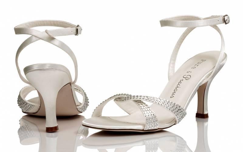 Satin blanc ivoire nuptiale demoiselle d/'honneur mariage chaussures taille 3,4,5,6,7,8 par P/&P style Brook