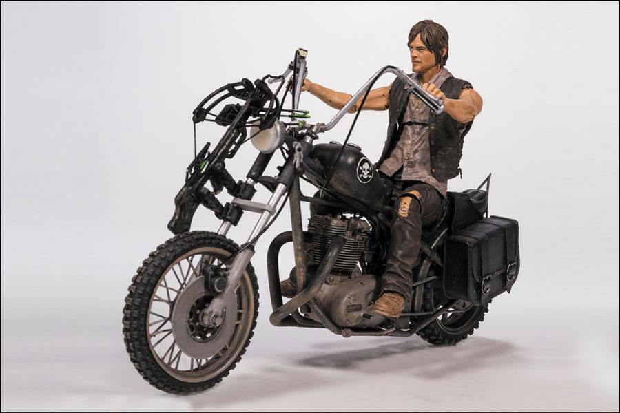 The Walking Dead - Daryl Dixon with Chopper 5