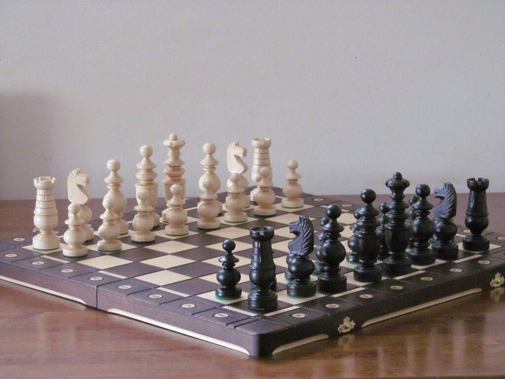 Brand new ♞ artisanal jeu d'échecs en bois ambassadeur 56 cm x 56 cm ♚