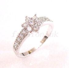 fashion1uk White Gold Plated Simulated Diamond Flower Luxury Ring Size N