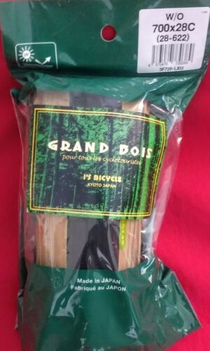 1 Grand Bois 700 x 28c Standard Casing Tires Cerf Green  New in Bag Each