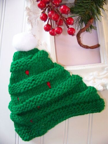 "Infant//Toddler Green /""Oh Christmas Tree/"" crotcheted beanie NEW"
