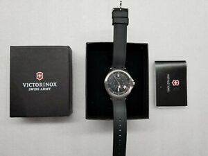Victorinox-Active-Fondo-Campo-Quadrante-Nero-Data-Silicone-Cinturino-UOMO-Watch