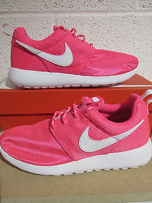 competitive price f2d03 1e476 Nike Roshe One fille Adolescente UK Size 4.5 5 5.5 Hyper Rose Blanc ...