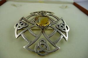 1955-Thomas-Ebbutt-Sterling-Silver-Scottish-Citrine-Brooch-Pin-Boxed-Hallmarked