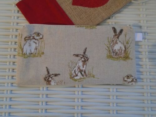 HARE PENCIL CASE OR SMALL MAKE UP BAG COUNTRYSIDE HARES RABBIT RABBITS BAGS NEW
