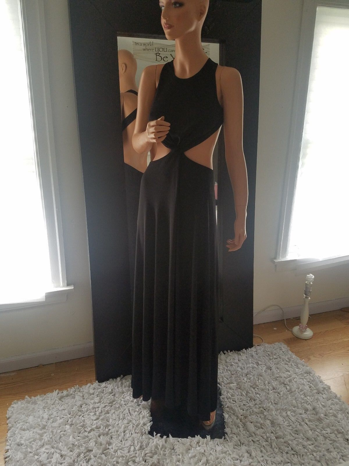 BCBGMAXAZRIA OLESYA DRESS  SIZE S