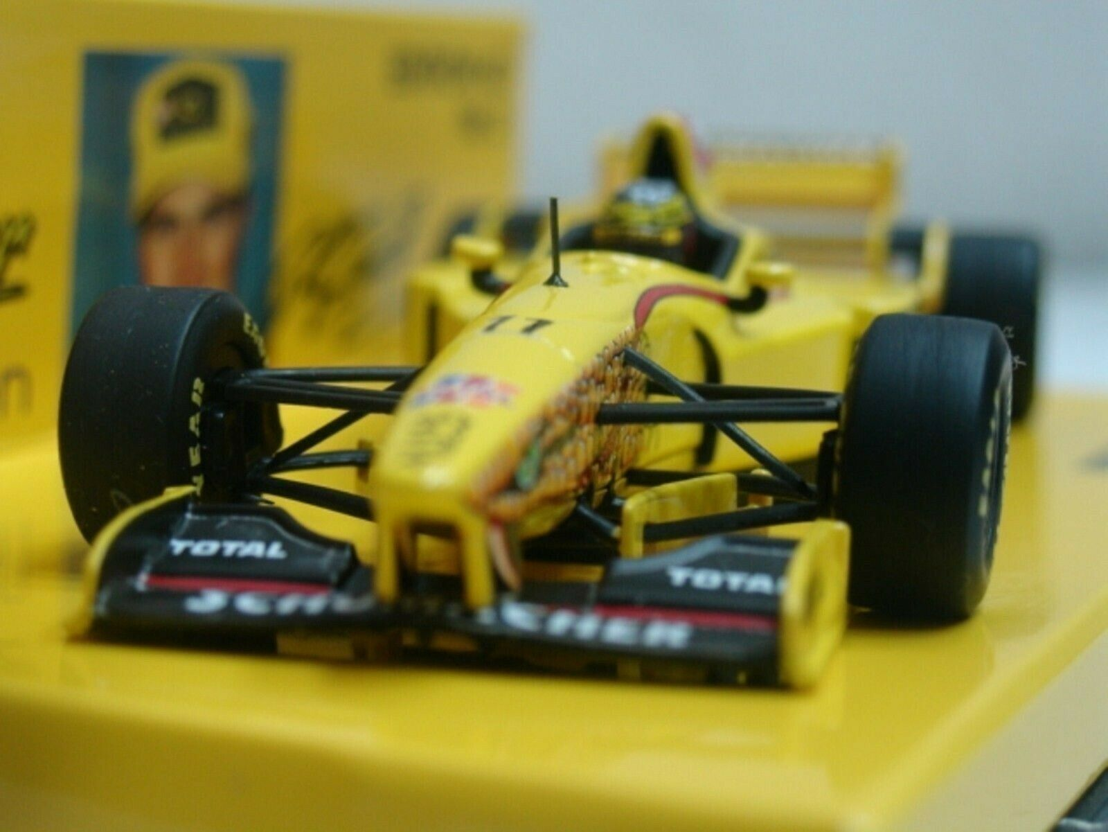 Wow extrêmement rare JORDAN 197 PEUGEOT R SCHUMACHER LAUNCH 1997 1 43 Minichamps