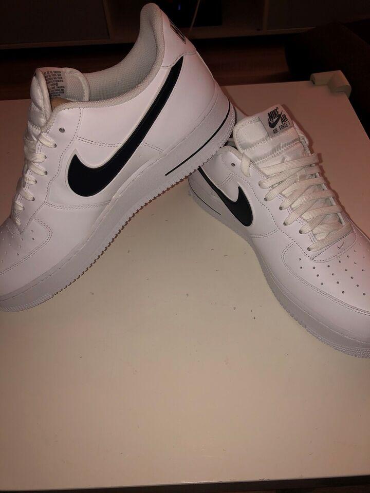 Sneakers, Nike, str. 48 – dba.dk – Køb og Salg af Nyt og Brugt
