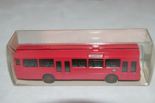 1 Wiking 1:87 H0 Bus MB O 305 VÖV Bus DB Hauptbahnhof 13D100 rot Berlin-W OVP