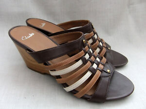 06be32d32a32 NEW CLARKS POPPLE DANCE WOMENS BROWN MULTI LEATHER MULES SANDALS ...