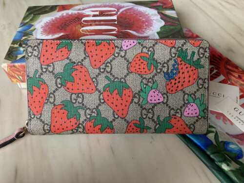 Gucci Women GG Strawberry print Wallet Canvas GG W