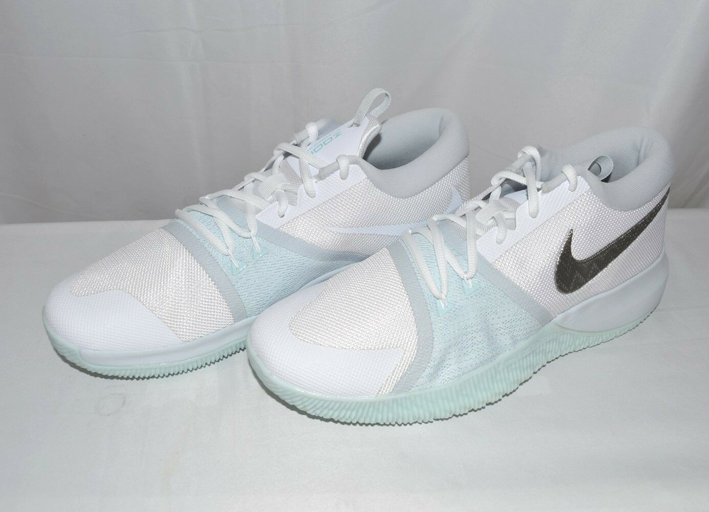 Nike Men's Zoom Assersion Basketball Shoes 917505 104 White/Glacier,