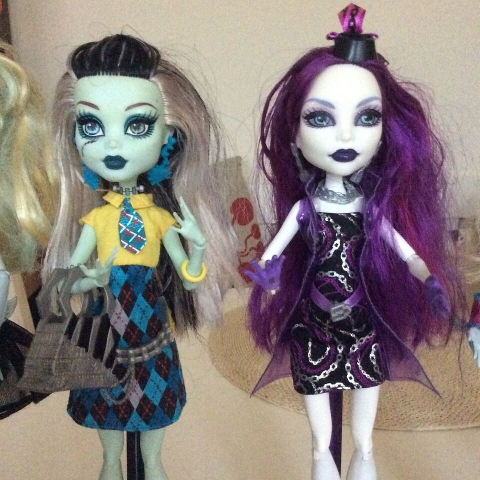 Barbie, Monster High